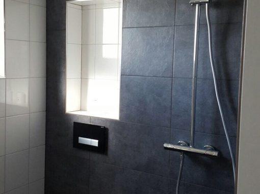 Badkamer en toilet betegeld (renovatie) – Maassluis